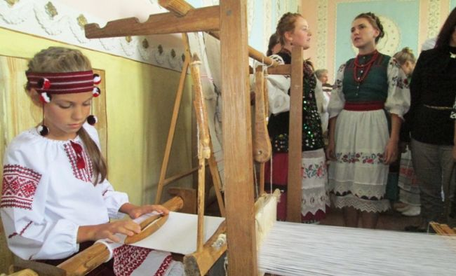 У краєзавчому музеї презентують народне мистецтво бурштинового краю