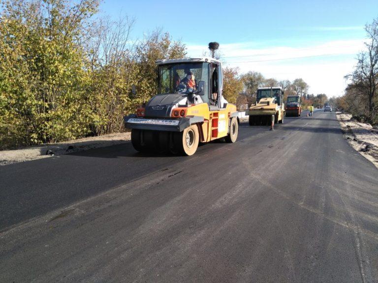 На Рівненщину додали грошей для ремонту доріг
