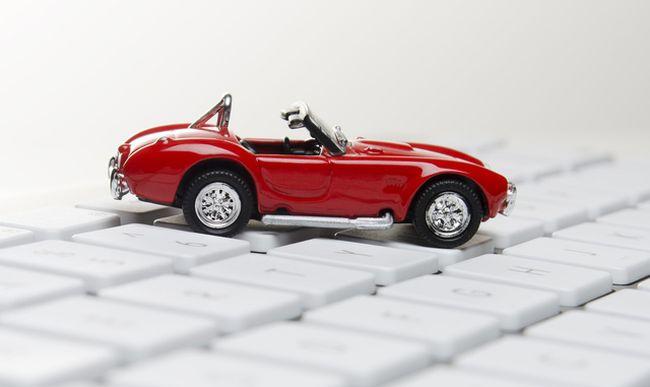 Рівняни можуть вигідно купувати і продавати авто онлайн