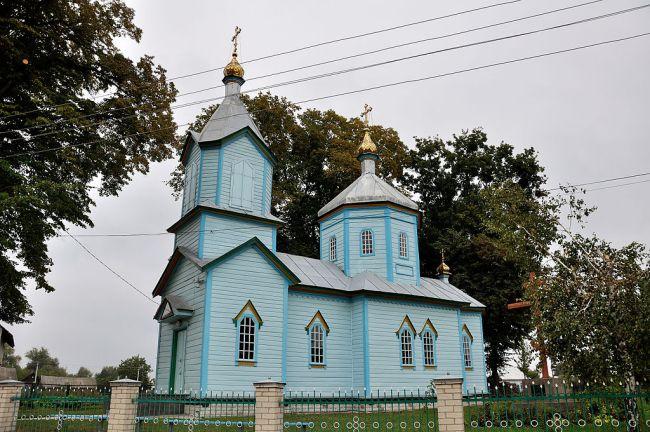 Перша громада Острозького району перейшла до Православної церкви України