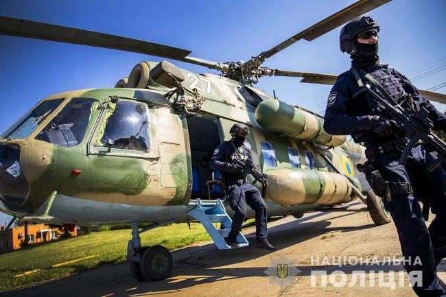 Рівненські правоохоронці оприлюднили відео першого чергування групи зведених загонів авіапідтримки Нацполіції
