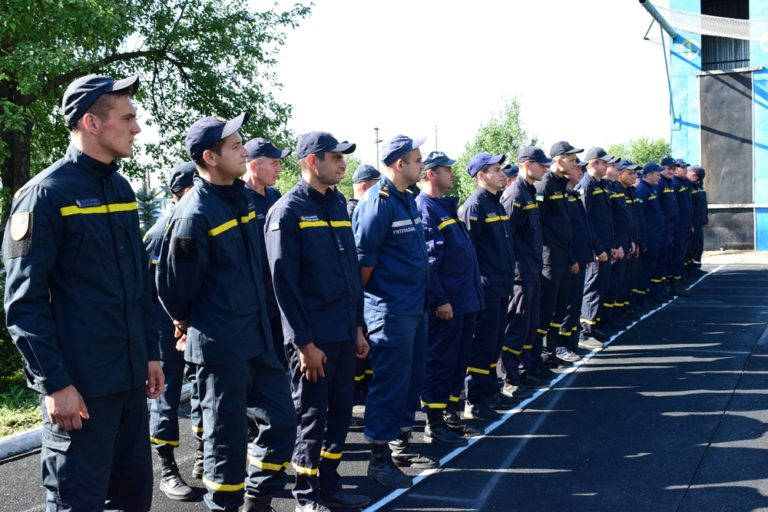 У Рівному відбулися обласні змагання газодимозахисників Служби порятунку «101»
