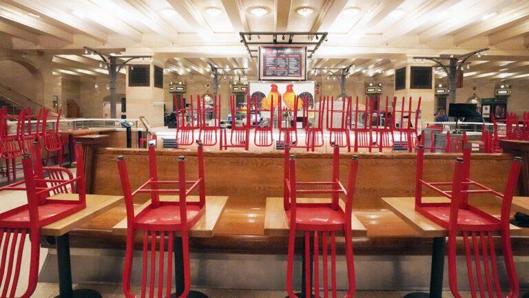 Ресторани та кафе на Рівненщині не можуть відновити повноцінну діяльність