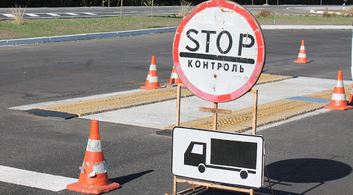 На Рівненщині на автодорозі національного значення посилять контроль за пересуванням вантажівок