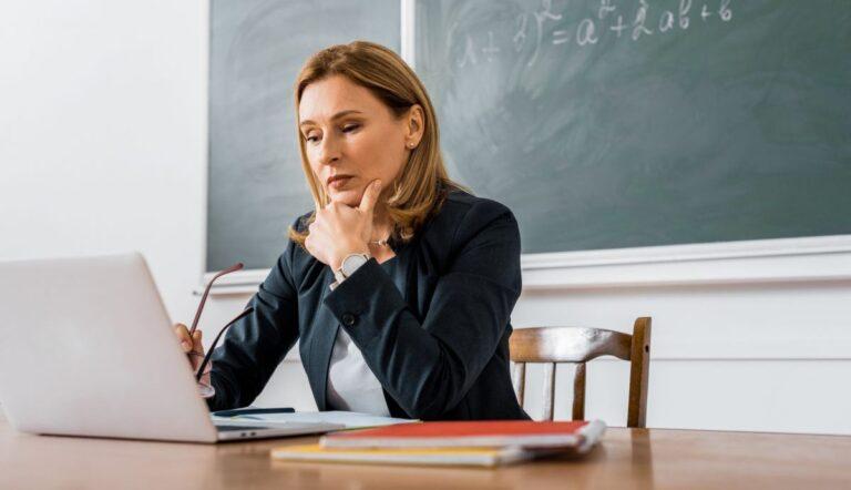 На Рівненщині 4 школи працює дистанційно