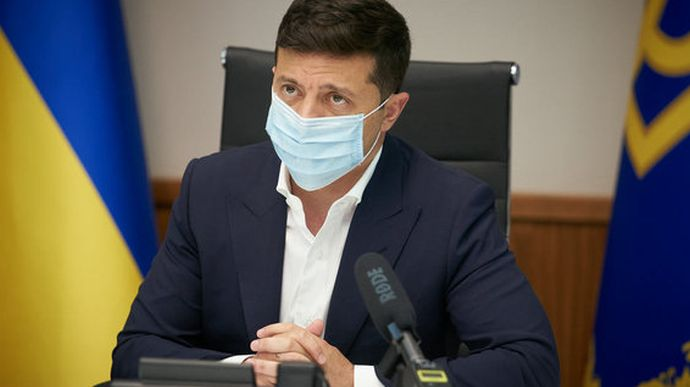 """Президент анонсував отримання мільйона COVID-вакцин """"від провідної міжнародної компанії"""""""