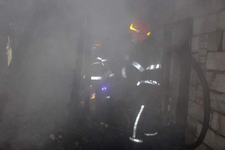 За минулу добу на Рівненщині вогнеборці двічі виїжджали на ліквідацію пожеж