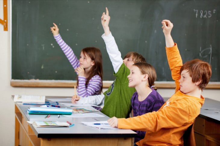 Завтра у Рівному повноцінно працюватимуть лише 20 шкіл