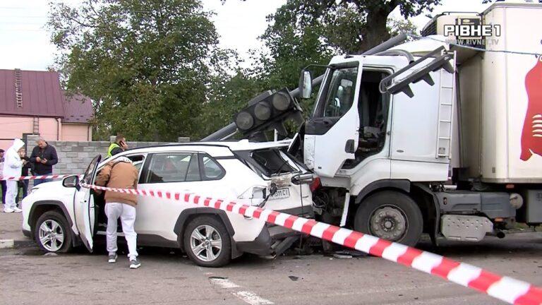 За спричинену смертельну ДТП у Рівненському районі водія взяли під домашній арешт